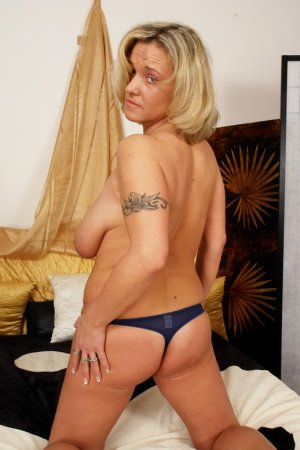 Toussine model escorts Hindley